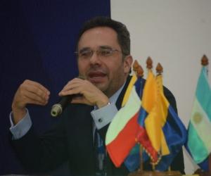 Álvaro José Mora- Conferencista
