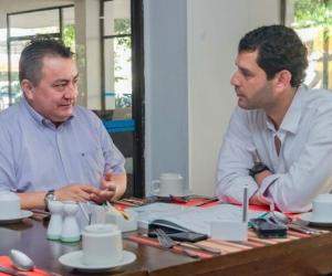 Reunión de el 'Mello' Cotes con el director ejecutivo de la Asociación Hotelera y Turística de Colombia (Cotelco) seccional Magdalena.