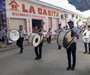 La instituciones educativas hicieron parte del desfile.