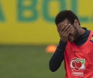 Neymar acusado