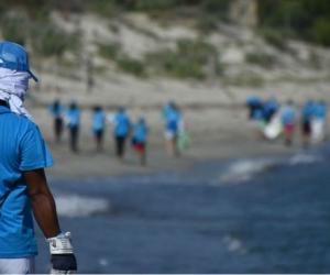 Fundacion Akwamare en jornada de limpieza de playas