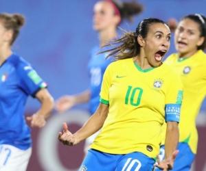 Marta celebra el gol de la clasificación.