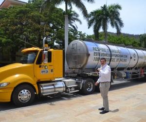 Este es el primer tractocamión que funciona con 100% biodiesel de palma.