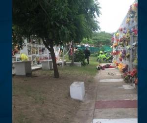 Hombre asesinado en el Cementerio Jardines de Paz.