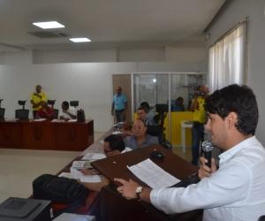 El director del Indetur, Luis Alejandro Dávila, asistió al Concejo Distrital.