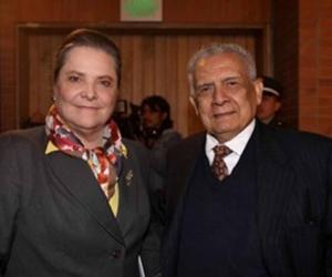 Clara López y Carlos Romero.