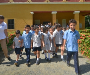 Niños visitando la Quinta de San Pedro Alejandrino.