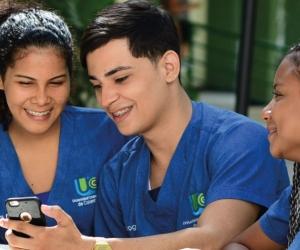 Estudiantes UCC