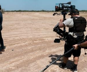 Carlos Vives durante grabación del documental en La Guajira