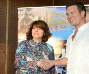 Julissa Valenzuela y Daniel Cabrales, directivas de Cotton USA y Hotel Zuana.