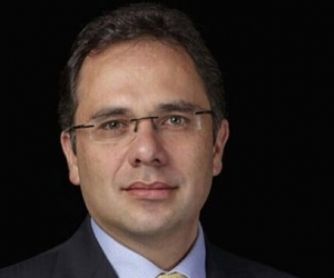 Álvaro Andrés Motta Navas, abogado constitucionalista egresado de la Universidad Javeriana.