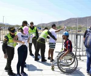 Los uniformados rodearan el estadio Sierra Nevada.