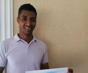 Deiber Cataño, ganador de la convocatoria hecha por la Fundación Tras la Perla y DirecTV