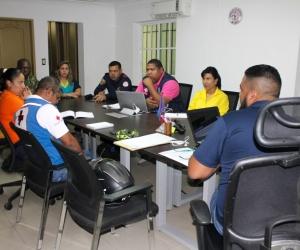 Mesa de trabajo interinstitucional con el propósito de articular acciones y estrategias de participación en el 'Octavo Simulacro Nacional de Respuesta a Emergencias'.