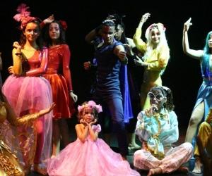 Presentaciones de la clausura del Festival de Teatro Internacional del Caribe