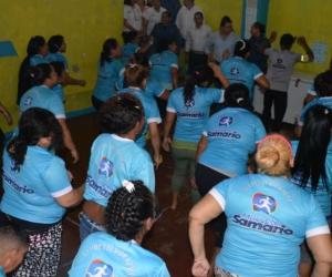 Reclusas que hacen parte del programa 'Muévete Samario'.