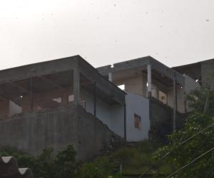 En estas viviendas generaban todo su accionar, tenía una bodega de acopio para distribuir la mercancía.