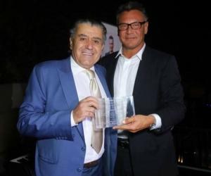 Walter Kolm, visionario ejecutivo de la música latina.