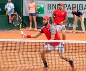 Robert Farah, en un partido de Roland Garros junto a Juan S. Cabal.