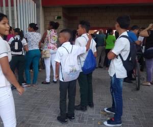 Los colegios públicos de Santa Marta iniciaron clases este lunes.