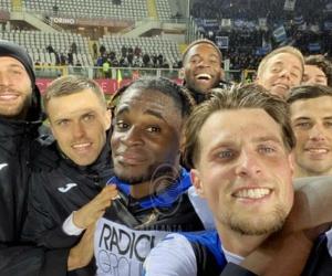 El equipo de los colombianos le dio un 'baile' al Torino.