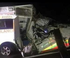 Así quedó la ambulancia que se accidentó en el Cesar.