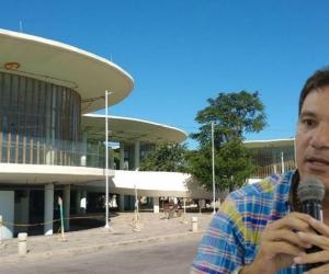 Juan Carlos Palacio citó a debate sobre el estado de las obras en Santa Marta.
