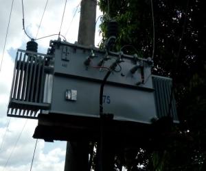 Transformadores con conexiones ilegales.