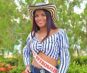 Daryelis Yiseth Estrada Ocampo, reina de las Fiestas Patronales de Algarrobo.