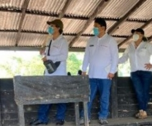 Los funcionarios del Senasa, visitaron, en el departamento de Antioquia, un predio de crianza de porcinos para exportación y una planta de beneficio de porcinos.