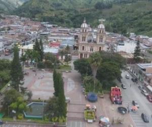 El hecho se registró en la Institución Educativa Juan Francisco Lara, Comunidad De La Fuga Río Guaviare, en Inírida, departamento de Guanía.
