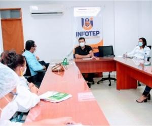Los rectores de las instituciones educativas oficiales deben a entregar al Infotep los planes de estudio hasta el 28 de diciembre.