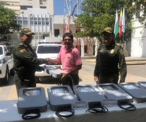 Policía de Santa Marta recuperó lámparas hurtadas en el Puente Pumarejo
