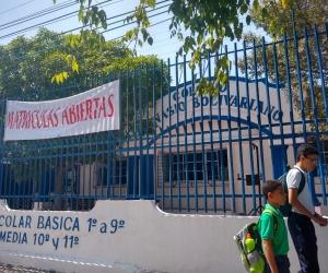 Fachada del colegio Gimnasio Bolivariano