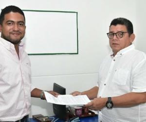 El secretario de Planeación Distrital, Raúl Pacheco, radicó el proyecto de acuerdo en el Concejo.