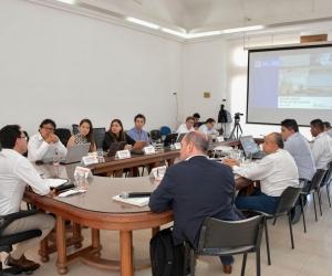 El gobernador Carlos Caicedo señaló que el dragado tendrá componentes como el diseño y construcción de muelles fluviales y obras de protección.