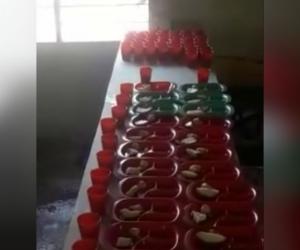 A través de un video se observa la poca ración de comida.