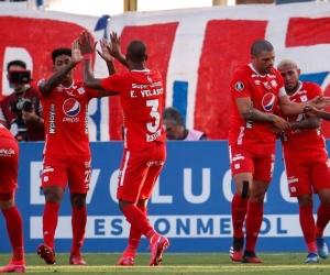 La 'Mechita' sumó sus primeros tres puntos en el torneo continental.