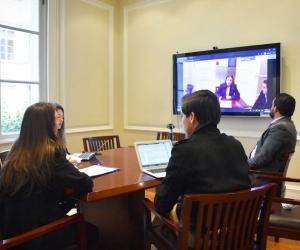 A través de videoconferencias, delegados de entidades gubernamentales explican a detalle los alcances de los decretos expedidos por el Gobierno Nacional.