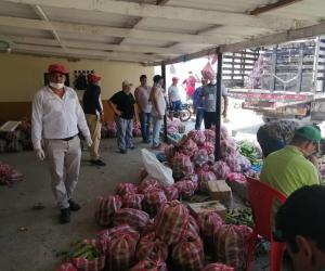 Hasta el momento la administración ha llevado casa a casa cerca de 4.500 mercados.