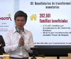 Claudia López en su intervención este mediodía.