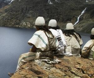 El gobernador señaló que la intención es llevarle 600 mercados solidarios a la comunidad indígena de la Sierra Nevada.