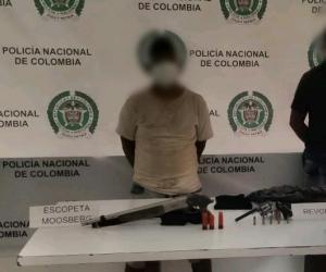 Las personas capturadas fueron identificadas como Roberto Carlos Manga Algaray y Roberto Carlos Colina Palacios.