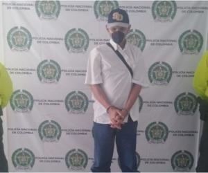 El procedimiento de captura fue ejecutado por funcionarios de la Unidad Básica de Investigación Criminal de la Seccional de Protección y Servicios Especiales de la Policía del Magdalena.