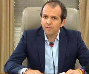 Ernesto Lucena, ministro de Deporte.