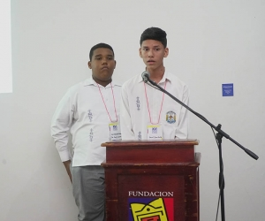 Participantes del Simposio Estudiantil en años anteriores.