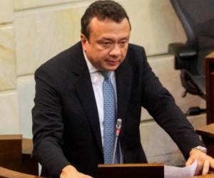 Senador Eduardo Enrique Pulgar Daza.