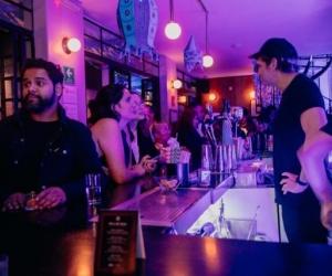 Según el Gobierno, los bares propician los contagios de covid-19.