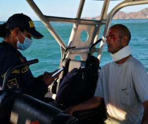 Hombre venezolano rescatado por Guardacostas.