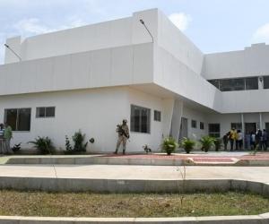 El hospital no ha sido entregado según el alcalde de Santa Bárbara de Pinto.